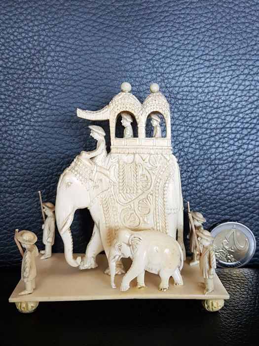 Ivory elephants and servants - India - late 19th century