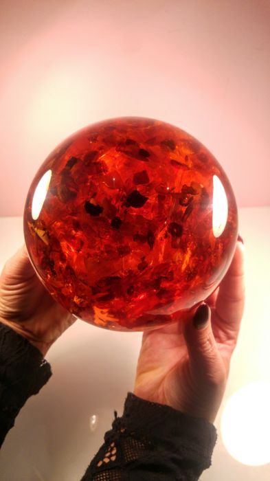 Beautiful Composite Baltic amber Ball, Sphere - 1,816 kg