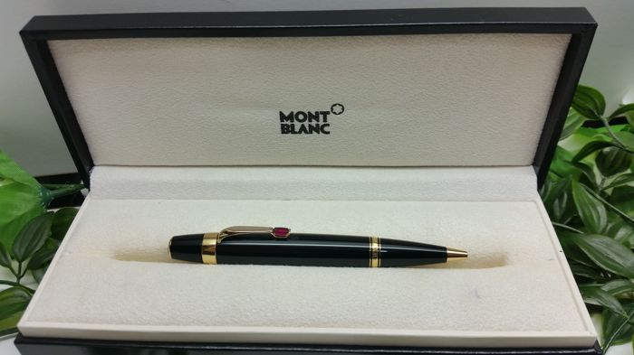 Montblanc Meisterstuck Boheme red ruby pen