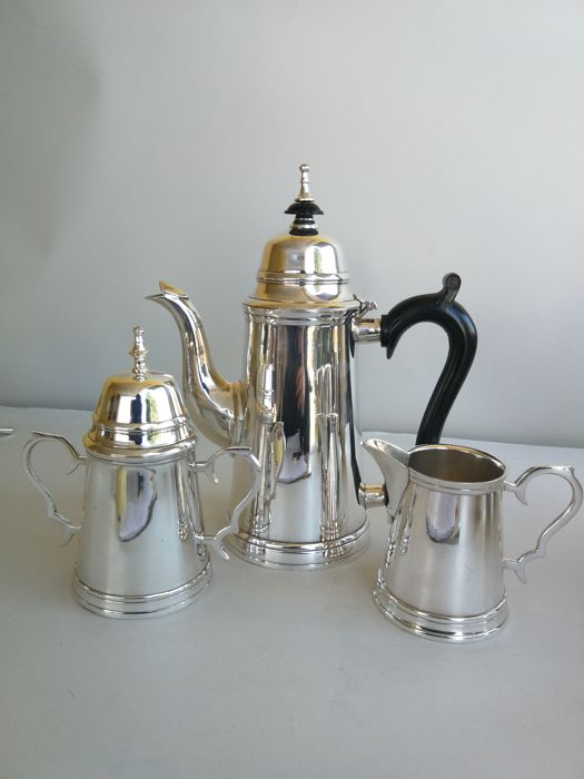 Antique three piece silver plated English tea set - England, 1900s