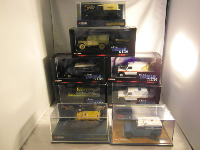 Corgi - Scale 1/43 - Lot with 8 models: 8 x Landrover