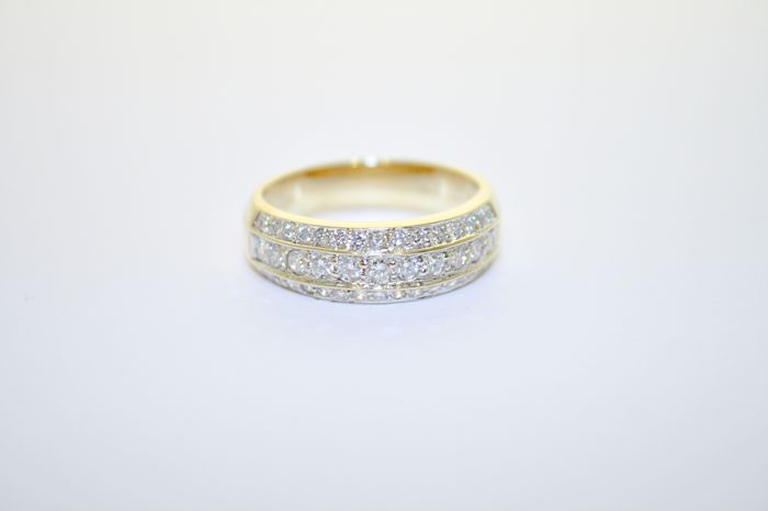 41 diamonds gold ring, 1.04 ct total, °°no reserve°°