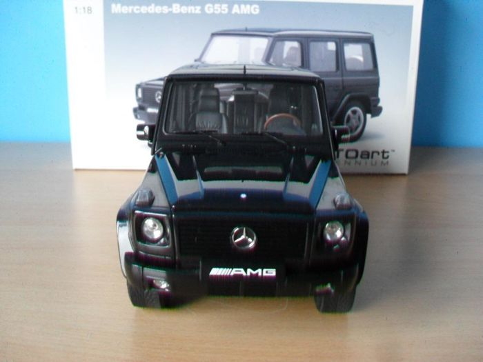 Autoart - Scale 1/18 - Mercedes-Benz G55 AMG - Black