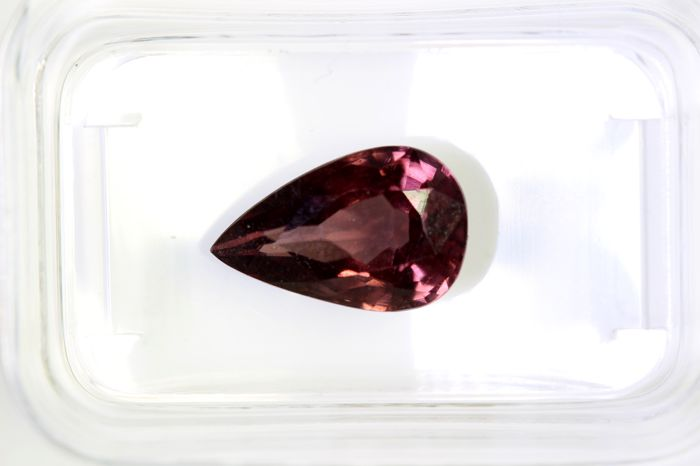 Zircon  - 3.24  ct - Intense Pinkish Purple