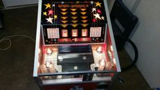 Royal banker by Valco, coin pusher/bulldozer from the fairgrounds of the 1970s/80s, works perfectly with a lot of coins and bonus slot machine