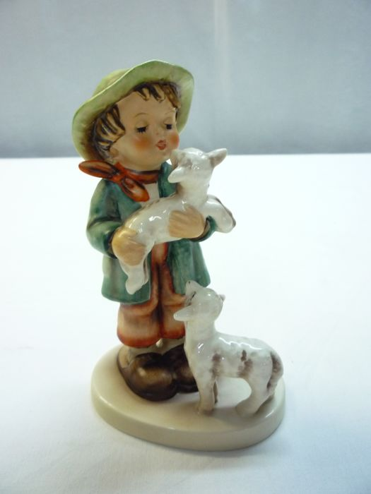 Hummel Goebel - Shepherd's Boy with two sheep - No. 64