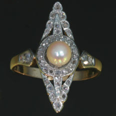 Antique gold diamond and pearl marquise shaped ring - anno 1890