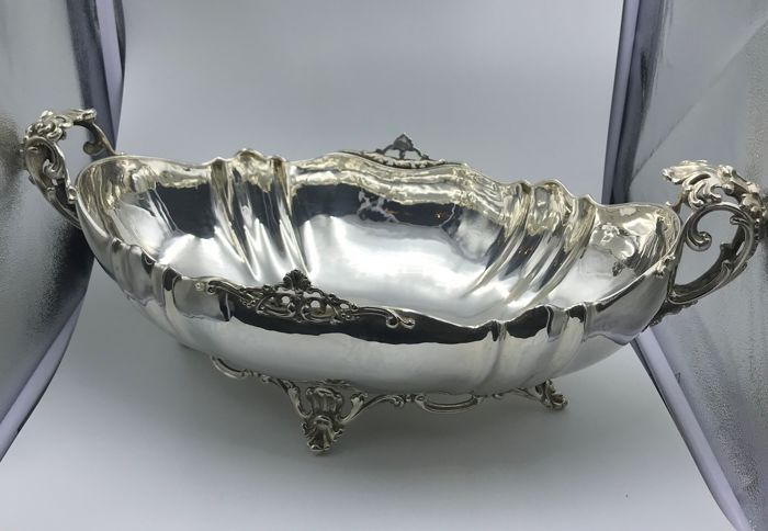 Important Fruit Bowl Centrepiece Marzari silverware Trieste (Italy), second half 20th c