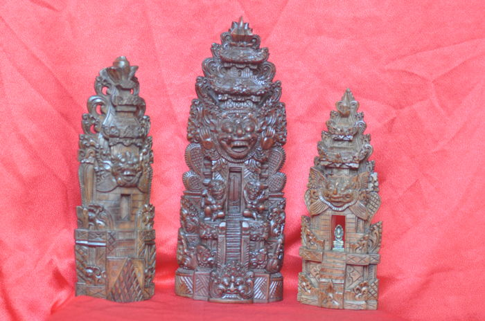 3 wooden Hindu temples - Bali/Indonesia - 2nd half 20th century (35 cm)