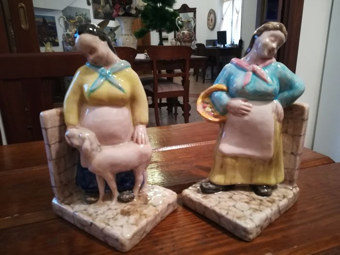 Pair of polychrome ceramic sculptures / bookends Manifattura Minghetti