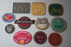 11 classic car badges 1968/2001