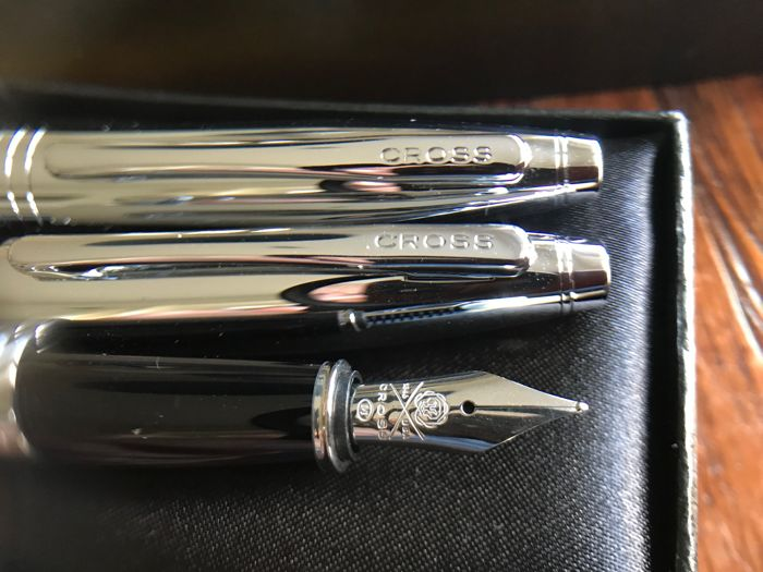 Cross fountain pen & ballpoint pen set unused!