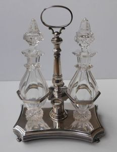 Silver oil and vinegar set with cut crystal decanters, J.M. v. Kempen, Utrecht, 1840