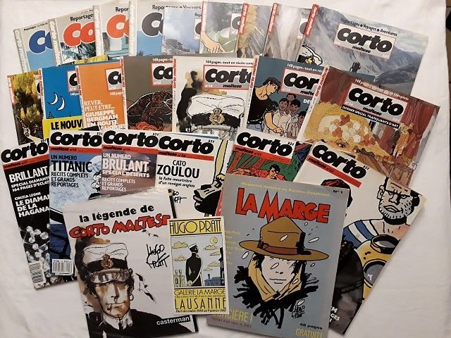 Corto Maltese - 22 x B - Original Edition (1985/1989) + 'A suivre' Special issue 'Ciao Hugo' + 'La Marge' magazine - 1 x B - Original Edition (1985) + Invitation to a preview exhibition in the Gallery 'La Marge' 1985