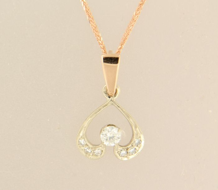 14 kt rose gold necklace with a bi-colour gold heart pendant set with brilliant and single cut diamonds, total approximately 0.25 carat