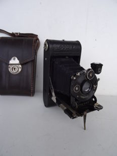 camera GOERZ Roll Tenax 4x6.5 cm Vest Pocket  for 127 film from 1921 – lens Dogmar 4.5/7.5 cm – shutter Compur 1-300 works well - sold with its case
