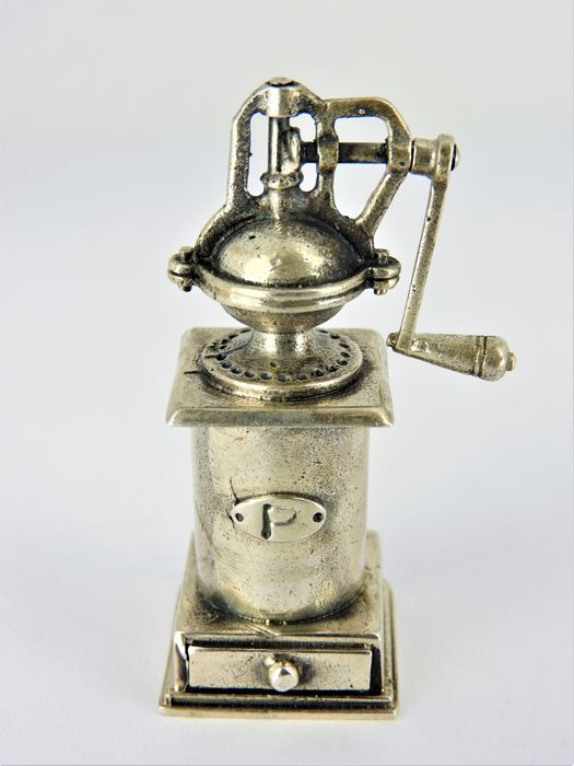 Silver miniature pepper mill - Italy Pieve al Toppo (AR) - Giovanni Raspini srl - after 1972