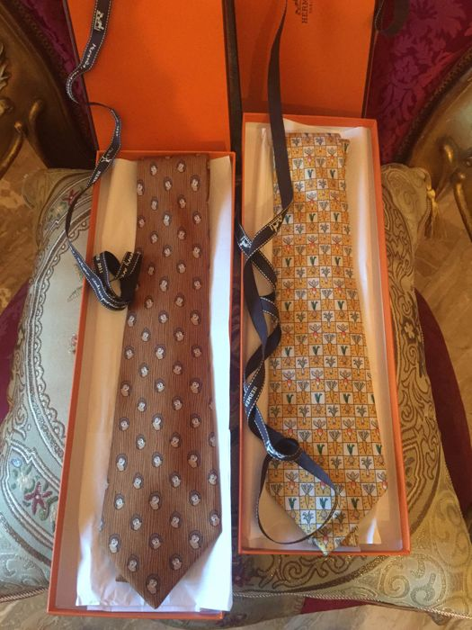 Hermes - 2 numbered ties