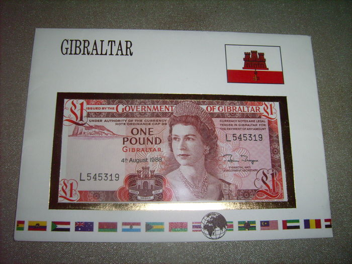 International - 39 banknote letters - including Gibraltar, Belize, Portugal, Japan, 12 banknote letters with coins included.
