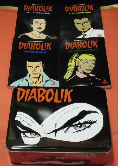 Diabolik - 4x volumes in a tin box (2012)
