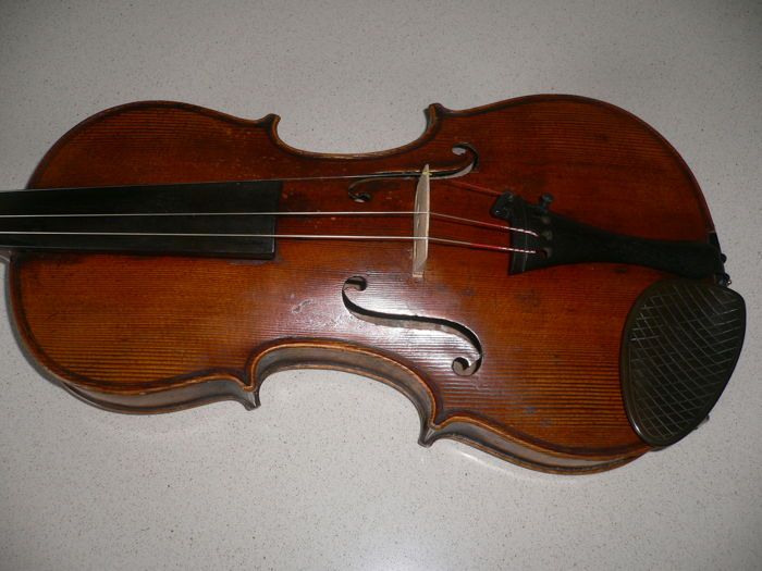 Old German 4/4 violin with nice sound of SCHMIDT, Markneukirchen, Stradivarius model, well repaired crack