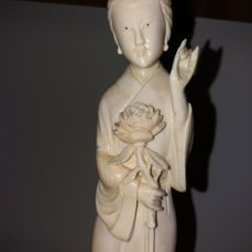 Immortal figure in ivory, height: 28 cm - China - Early 20th century