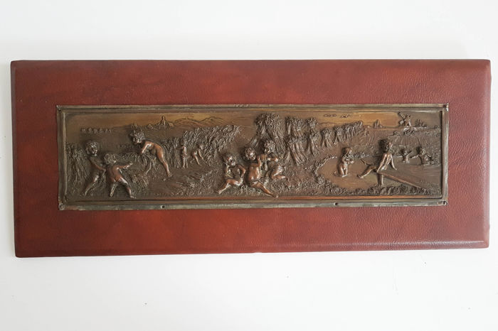 Helmuth Schievelkamp (1849 - 1932) - bronze plaque of Frolicking Boys - Germany - dated 1923