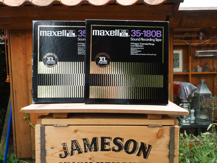 Maxell UD XL-35-180 Tape for Studio Mastering use. 26 cm. NAB metal precision reel with rare Rolling Stones live Radio broadcasts