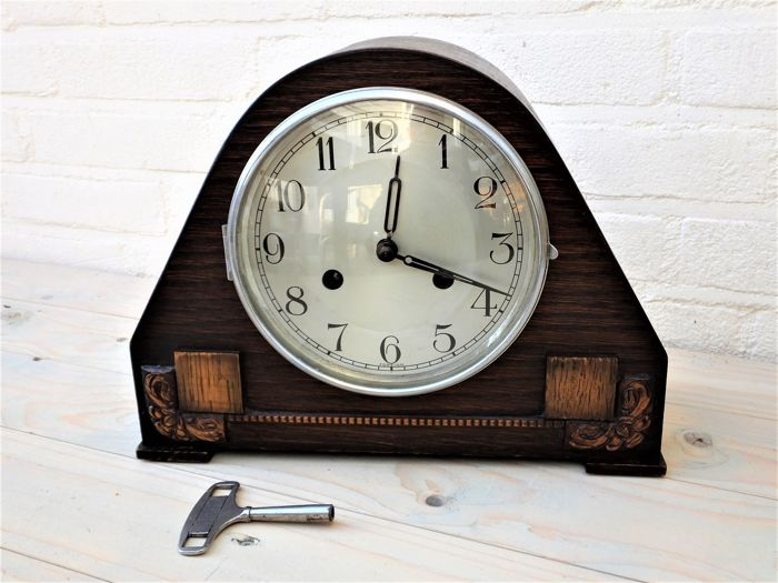 Fine foreign English clock with striking mechanism