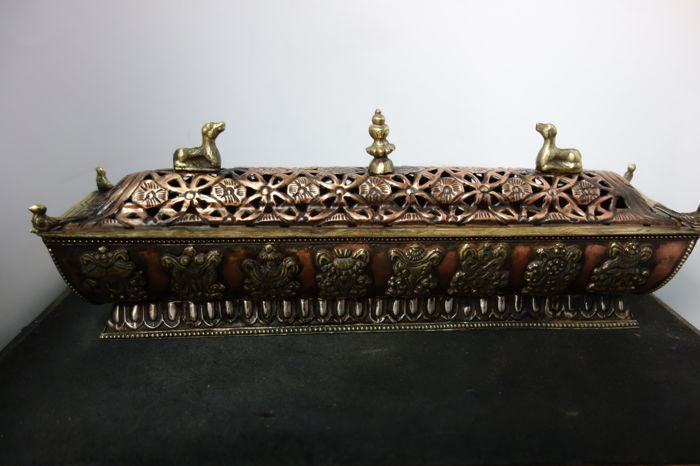 Large bronze Tibetan incense burner - Nepal - late 20th century