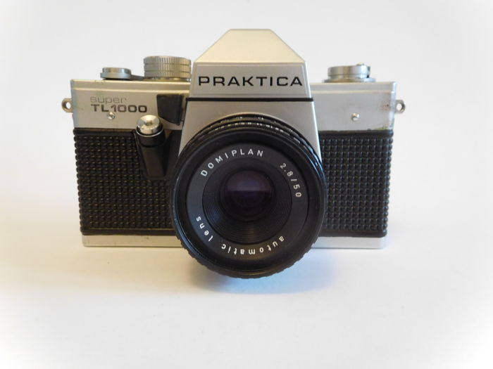 Praktica super tl  domiplan and flash crest bc