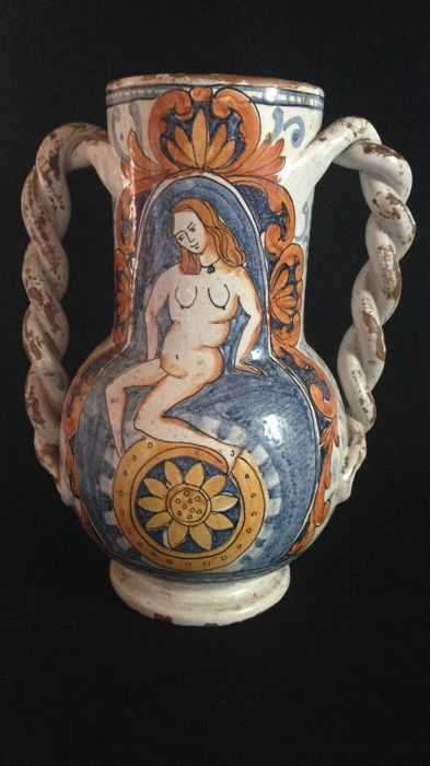 Polychrome majolica vase - manufactured in Montelupo or in the Florentine area - Italy - 16th century
