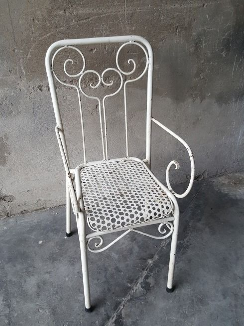 Backyard chair in wrought iron, France, first half of the 20th century