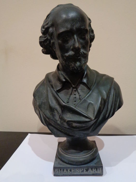 Bust of William Shakespeare in calamine with bronze patina