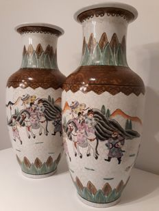 Two large baluster vases - China - ca. 1970/1980