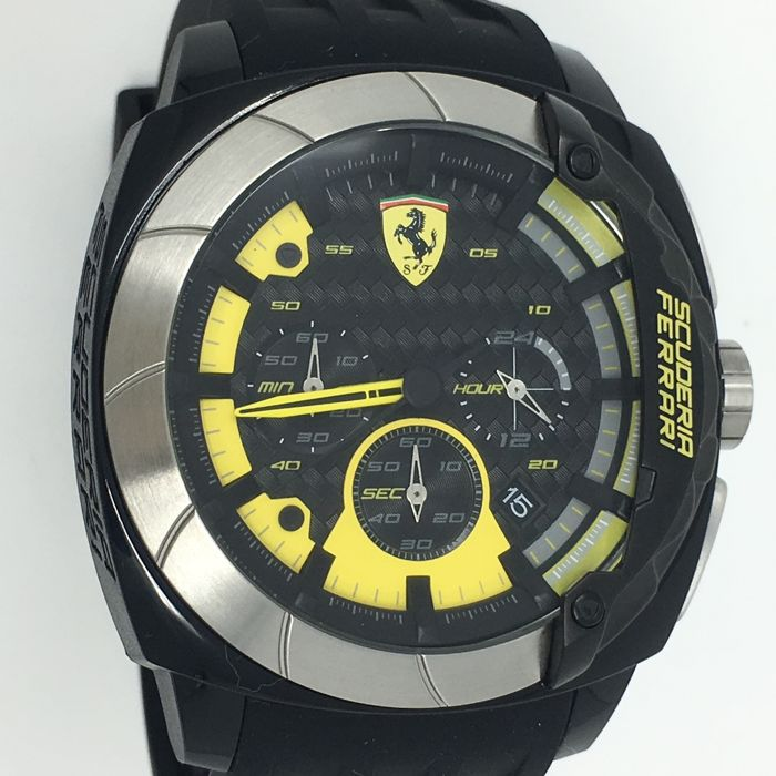 Ferrari - Scuderia Ferrari Aerodinamico Chronograph Yellow - 0830206 - Heren - NEW