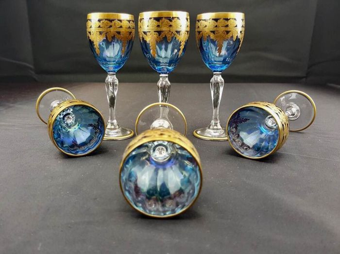 Set of 6 Two-Tone Crystal Glasses with gold leaf decorations