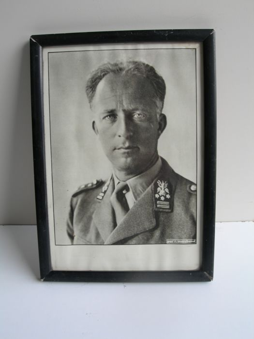 Original formal portrait Leopold III in military uniform