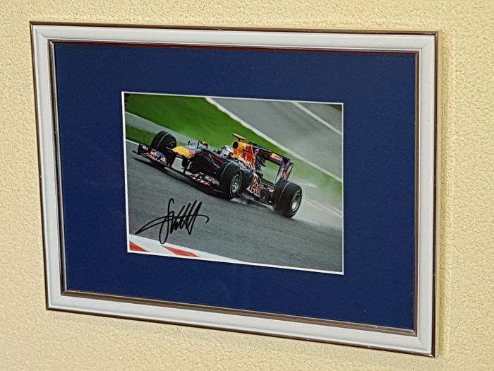 Sebastian Vettel -  4x World champion Formula 1 - hand signed photo Spa Eau Rouge+ COA.