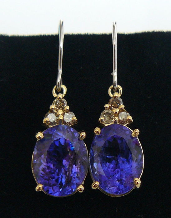 5.92 ct earrings with natural tanzanite and cognac diamonds --No reserve price--