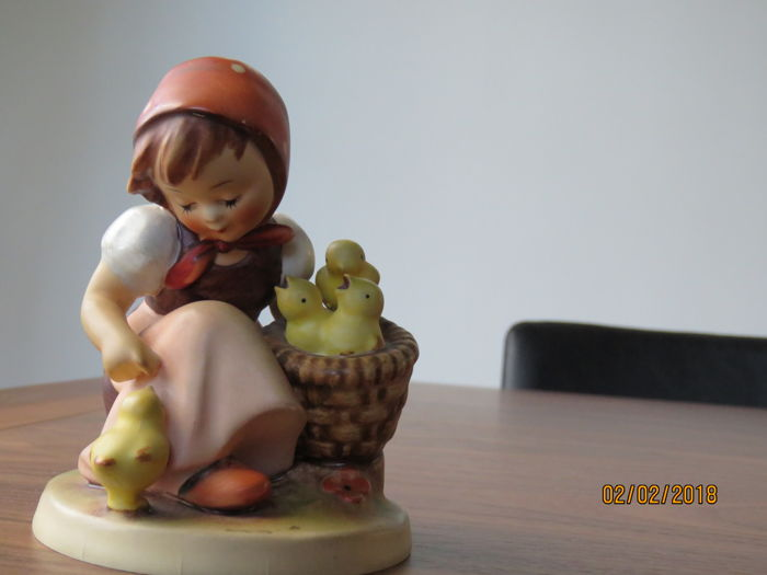 Goebel Hummel, ceramic statue, girl feeding chicks.