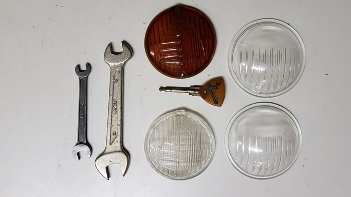 Lancia - miscellaneous - wrenches, glasses, etc.