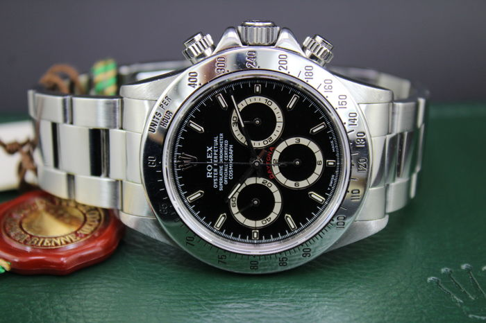 rolex oyster perpetual cosmograph daytona 16520. Black Bedroom Furniture Sets. Home Design Ideas