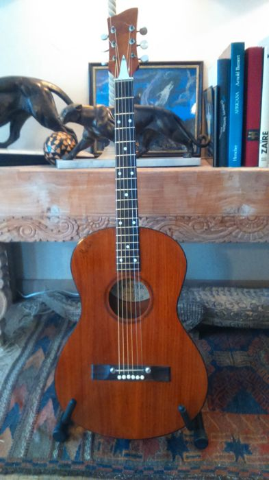 b39a502b94 Vintage Master M100 parlor guitar from the 60s - Catawiki