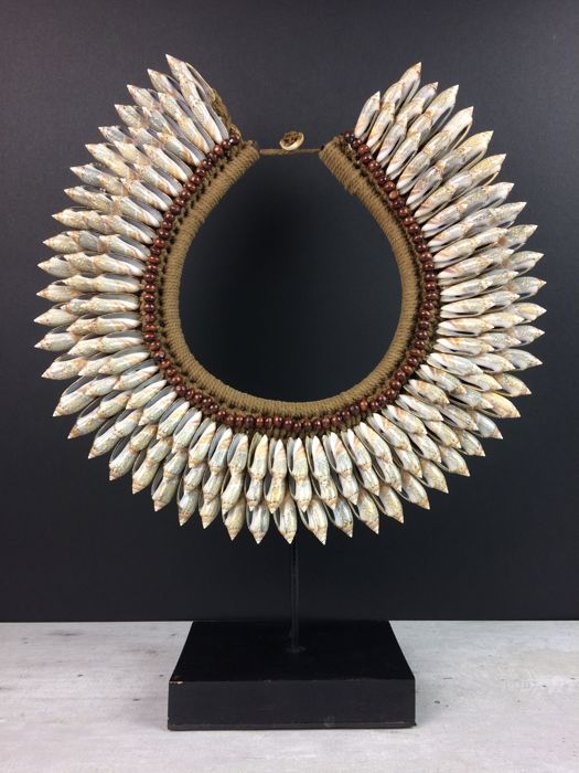 Shell necklace on stand - Papua New Guinea - 21st century