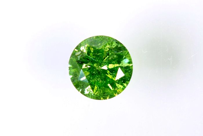 Fancy VIVID Yellowish Green Diamond - 0.29 ct - I1  - ( Color Treated  ) - * No Reserve Price *