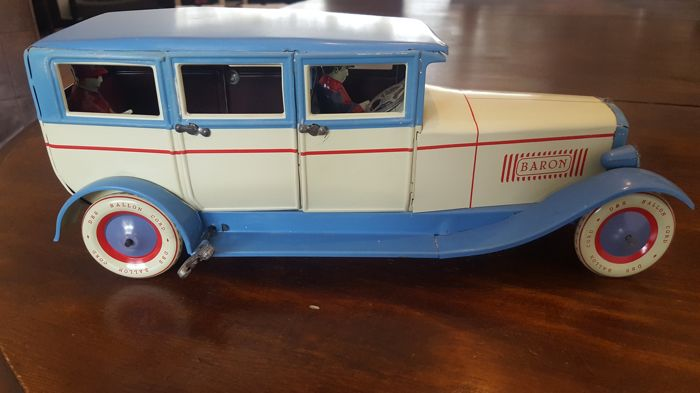 dbs made in germany length 33 cm mechanical tin car with