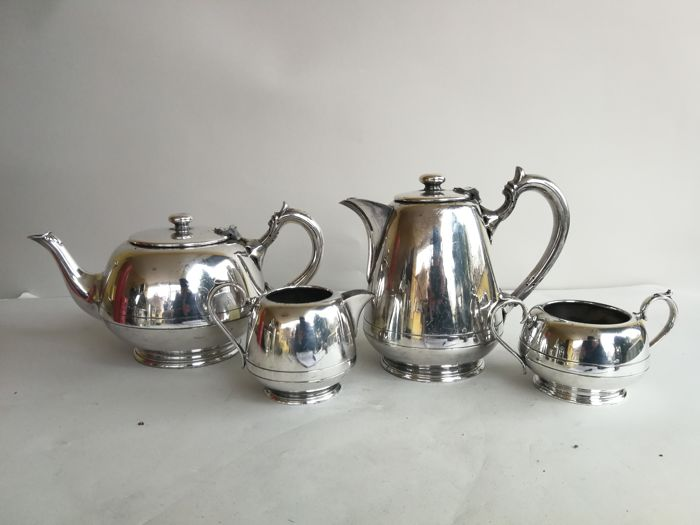 Antique 4-piece tea set with linear decoration by Walker & Hall