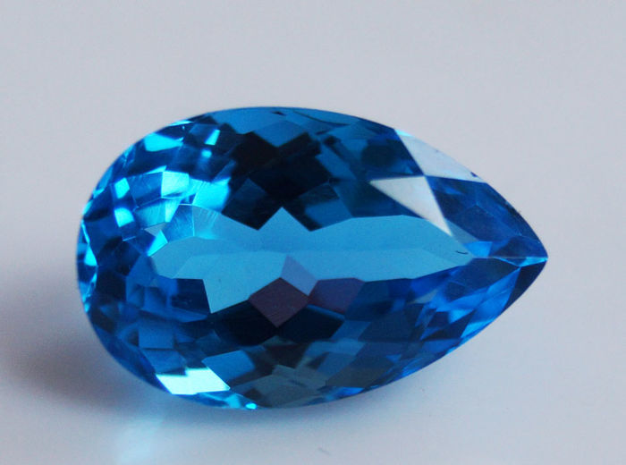 Top Swiss Topaz - Blue - 7.08 ct
