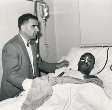 Unknown/The Cinema Screen Collection - Martin Luther King, after stabbing, 1958